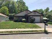 Leisure Knolls Adult 55+ Desired Community. Gated community with lots of amenties. Free standing ranch style home with a garage. Come see today great price.