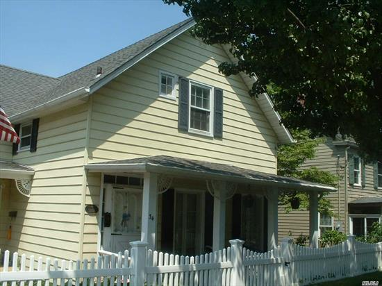 SECOND FLOOR UNIT - CHARMING, CLEAN, CONVENIENTLY LOCATED.  WALK TO RESTAURANTS, BEACH, RAILROAD. ABSOLUTELY NO PETS!