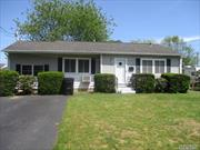Cozy Ranch with 3 bedrooms and 2 bath. Full Basement . Close to Shopping, Transportation and Major Roadways.