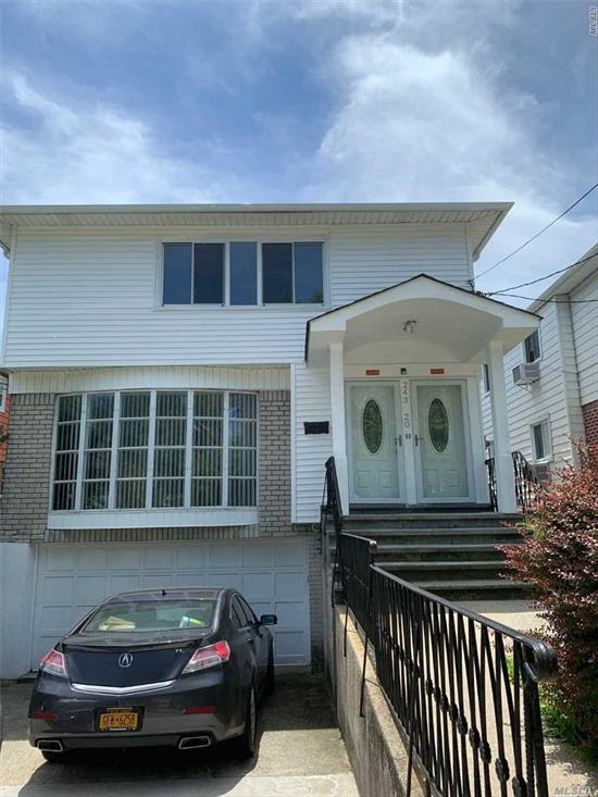 Spacious 3 Bedrooms 2 Baths With Eiat-In Kitchen, .Large Living Room And Dining Room,  Hardwood Floors, Include Parking Which Can Park 2 Cars, Easy Access To Highways. 26 School District