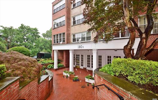 Impeccable Coop Unit in Premier Building of Great Neck. 3Br with 2Full bathroom.Hardwood Floor w/Soundproof Windows. Over 1, 500 sq. ft. Granite Kitchen opening Eik to Dining Room. Oversized Formal Living Room with Office/Terrace. Lots of Closets. Gym, Sauna, Meeting Room, 1 Immediate Indoor Parking and Super on Site. Lakeville Elementary; GN South Middle/High School; Walk to LIRR.