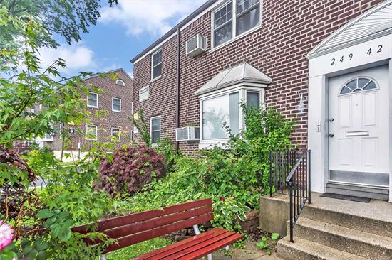 Beautiful 3 Bedroom Lower Corner Unit, Near All. Features Bright Living Room with Bay Windows, Alternative Flooring Throughout, Kitchen Includes Updated Modern Cabinets With Granite Counter Tops, 3 Nice Sized Bedrooms and Updated Bathroom. Low Maintenance Includes All Utilities, Taxes And 2 Parking Spots. No Flip Tax, Washer/Dryer Allowed. Close Too, Long Island Railroad And Highways.