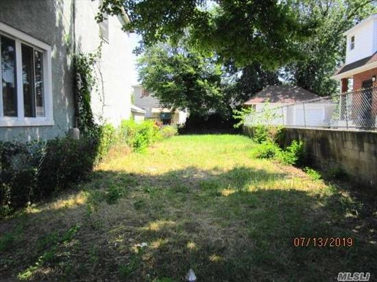 Prime Jamaica Queens Location, South of Conduit Avenue, 20x95 Level Lot, R3-2 Zoning, Walking distance to Rockaway Blvd, Farmers Blvd and Guy Brewer Blvd, Short drive to JFK Airport and Belt Parkway. The lot is located between 167-38 145 Ave and 167-32 145 Ave. Jamaica NY 11434
