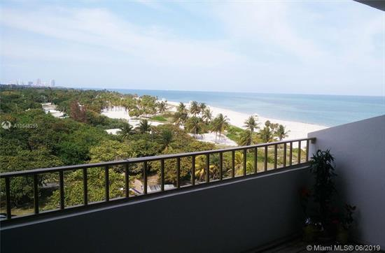 Amazing, Unobstructed Views Of Downtown, South Beach, The Ocean And Crandon Park. Beautifully Updated One Bedroom 1.5 Bathrooms Residence With Lots Of Light, Open Kitchen , Washer And Dryer In Unit, Wood And Seagrass Floor. Covered Assigned Parking And Direct Private Beach Access. Building Amenities Include Tennis Court, Gym, Sauna And Recreation Room. Don'T Let This Incredible Opportunity Pass By! Unit Is Leased; Please Give 24 H Notice Minimum For Showings. Agent Related To Owners.