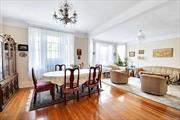 SPACIOUS AND BEAUTIFUL 3BDR, 1BTH GARDEN CO-OP IN LANDMARK HAMPTON COURT! PRIME AREA OF HISTORIC DISTRICT!