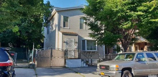 CP downtown, walk to buses & stores; detached two family house being used as one family(can be restored to its legal use of two family); featuring 3 BR, 2fbath, LR, DR, Eik, full basement and pvt driveway; house in decent conditions; ideal for starters.
