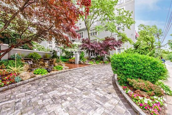 Spacious one bedroom co op in lovely building. High ceilings, large formal dining room (could be second bedroom) hardwood floors, new stove and refrigerator, central air. Marble floors in Living and Dining rooms Near all