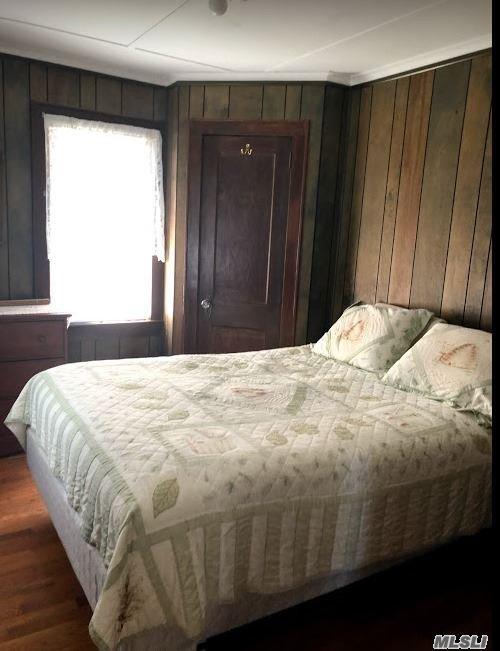 front bedroom - water view