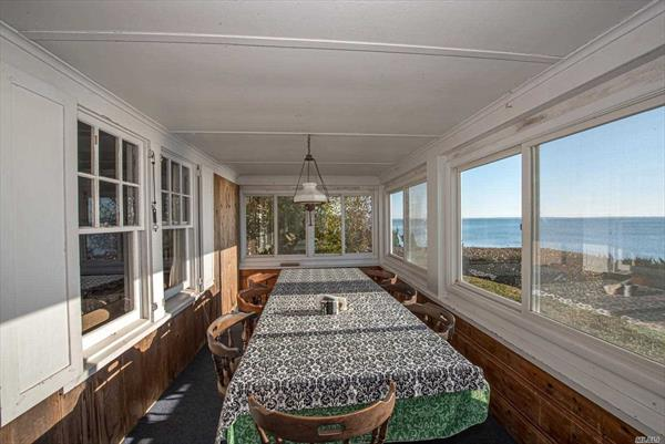 Dining Area Bay Side Porch