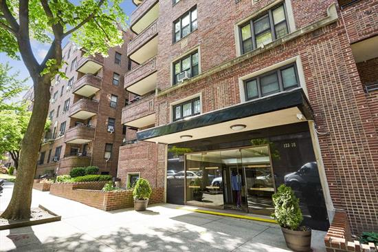 Beautiful 2 Bedroom JR 4 with Living room, dining area and private terrace in pet friendly building. Building amenities includes 18 hour doorman concierge service, outdoor common area, and laundry room. Building is located in heart of Kew Gardens and is only a 5 minute walk to LIRR, subway, and Manhattan Express bus. Less than 5 minute drive to major highways and 15 minutes away from JFK and LGA airports. Great Location!! No Flip Tax!!