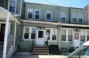 spacious attached 4 br colonial convenient to all amnities