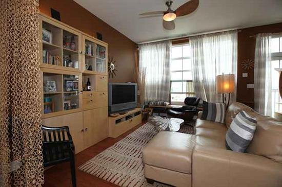 Luxury studio/one bedroom with parking included! short sale. Subject to third party approval.