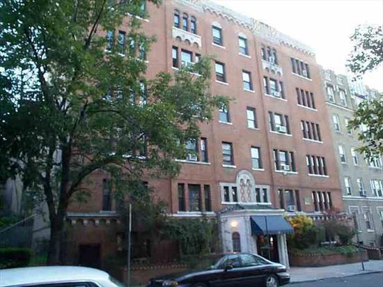 Excellent Layout, Beautiful And Well Maintained One Bedroom Condo, Renovated 3 Years Ago, Hardwood Floors, Lots Of Closet. And Fabulous Kitchen. Low Taxes, Pre War Building, Tree Lined St And Walk To Journal Square Path Train. Please Call For Showing.