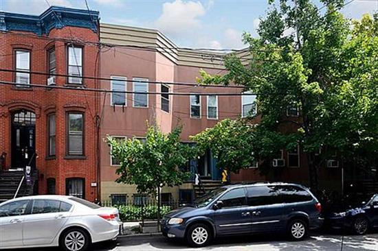ALMOST 1000 s f plus outdoor space via MBR yd door! mint cond! Open layout & 2 BR w/ wood fl plus chef's kitchen updated this year and own patio space. Enjoy Van Vorst Park area & Grove plus Exch Pl proximity! 2 blocks to Van Vorst Park, appx 7 blks to Path, 4 blks to Grove. Almost all updated w/in 1 year. Enjoy own W/D & D/W, great assoc. Gas range, convection oven. See pet policy. Co-op broker remarks. Patio and grass outdoor space! Floor plan and plan re outdoor space avail upon req, nego/flex
