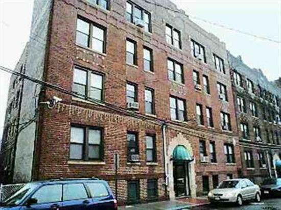 Minutes To Midtown Manhattan, Near School, Shopping, Bus, Parks, Nyc View Open Air And High Ceilings, Plenty Of Street Parking, Tenant Presently Pays 1200 Dollars. Quiet And Safe Area.