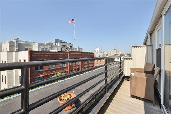 Welcome To Dixon Mills. Exquisite 2Br/1Bth W Terrace. Has All The Comforts You Deserve. Kitchen Features Ss Appliances, Custom Cabinets And Granite Counters. Community Features 8, 000 Sqft Of Amenities Including Gym, All Purpose Court And Cinema Style Screening Room. Located In Vibrant Downtown Jersey City.