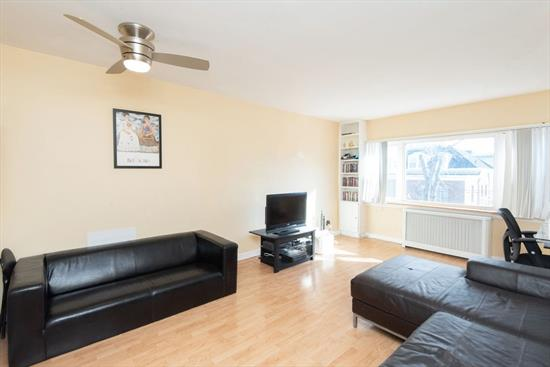 Located close to the Journal Square PATH station, on the north end of McGinley Square, this charming one bedroom condo has a spacious layout and large windows facing south in the living room and bedroom which bring in lots of natural sunlight. The corner home also has windows facing west in the kitchen, bathroom, and bedroom, and there are large closets including a deep coat closet and wide bedroom closets. Great location close to St Peter's University, new bars/restaurants in the area, and easy access via PATH to NYC.