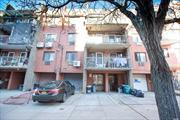 One bedroom apartment on the First-floor with access to a huge private backyard in downtown Flushing. Close to everything, short distance to 7 train. Rent includes water, heat, and cooking gas. Owner prefers short-term lease or month to month lease.