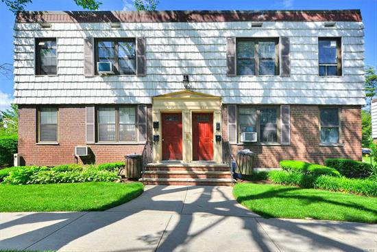 This Is A 1 Bedroom, 1 Bath Condo On The 2nd Floor, An Upper Unit, Features A Spacious Living Room, L-Shaped Dining Area, Nice Size Bedroom And An Updated Kitchen & Bathroom. Hardwood Floors Throughout, Plenty Of Closet Space. Near All Major Highways, Transportation & Parks.