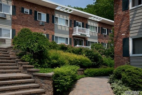 Located In Historic Northport Village These Spacious, Air-Conditioned, 1&2 Bedroom Apartments Feature Brand New Tuscany-Style Designer Wood Cabinetry With New Stainless Steel Appliances Including Microwave And Dishwasher. Pet Friendly! Convenient To Route 25A, Larkfield Road And The Lirr. For More Info.Prices/policies subject to change without notice.
