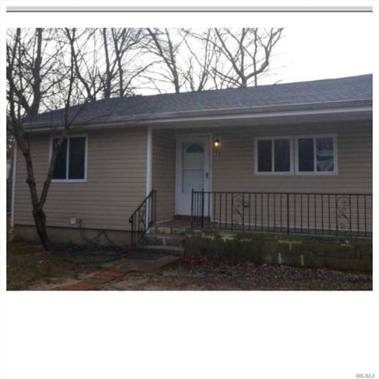 Excellent 3bedrooms ranch Ose to Part basement new carpet, Refrig and new fence good for an investor $2100 monthly rental income