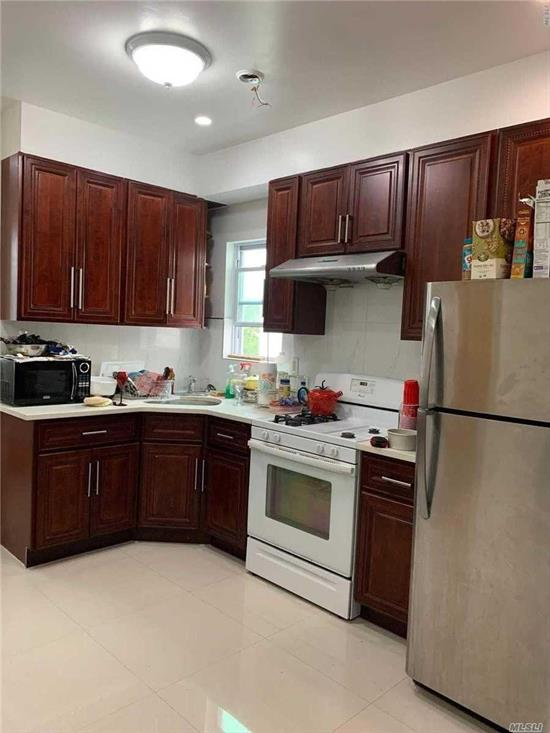 Excellent condition 2 Bedrooms, 1 Full bathrooms, Living Room, Open Kitchen. Tenant only pay electric. Transportation to Q25 and Q20A/B. Close to shopping centers.