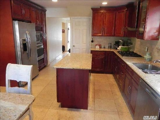 It's All About Location! Large Bright Colonial In Excellent Condition, Three Bedrooms - Eat-In-Kitchen W/Granite Counters - Stainless Steel Appliances - 2.5 Updated Bathrooms - Finished Basement - Large Fabulous Backyard - Kennedy And North SD - Walk To All - Enjoy The Parkwood & Steppingstone Amenities