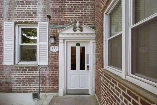 Premier Coop on best block in five towns. Completed Renovated apartment on Second floor. Large entry hall that can be utilized for dining area. Large EIK, windows facing garden, stainless steel appliances, granite counter & splash, oak cabinets. Extra Large Living Room/Dining Room Combo. Spacious Master Bedroom. Beautifully tiled Bathroom. Near LIRR, Shopping, & Houses of Worship.