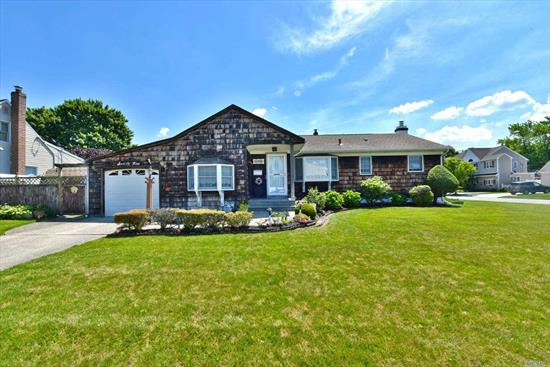 BEAUTIFUL RANCH ON A WELL MAINTAINED PROPERTY SITUATED ON A CORNER LOT. THREE BEDROOMS WITH AN OPEN CONCEPT LIVING ROOM DINING ROOM AND KITCHEN.LOCATED IN WOODWARD PARKWAY SCHOOL DISTRICT. CLOSE TO ALL HIGHWAYS. CLOSE TO VILLAGE OF FARMINGDALE. DONT MISS OUT ON THIS HOME . MAJOR PRICE REDUCTION $55K