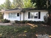 Freshly Painted & renovated whole house rental w/Kit, LR/DR, 3 Bedrooms, FBth, Use of Yard & Pvt Driveway. This property is also perfect for Office use with Parking.