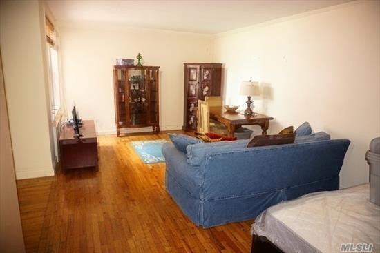 Largest studio in building. Alcove Sleeping area, Elevator Building, Laundry (6 New Machines On Lobby Floor ) One Block From Rail Road Station. Storage Rm/Separate. Good condition overall. New A/C No Pets. Parking is available...short waiting list. $30/month outdoor $40/month for garage.