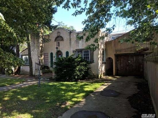Cozy Ranch With Tons Of Potential! Featuring Unique And Charming Architecture, Plenty Of Room Outdoors To Entertain, And A Full Basement And Garage For Storage! Short Distance From All Your Shopping Needs. Come Make This One Of A Kind Property Your Dream Home!
