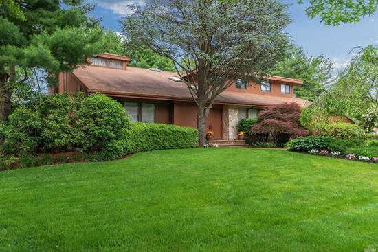Located in Prestigious Mutton Knolls this 4100 sf Home Boasts Lots of Special Features incldg a Designer Kit. w/ Over sized Center Island, A Butlers Pantry, Warming Tray, Double Oven & Radiant Flrs. Vaulted Mstr Ste w New Bath, Dressing Area w/ 2 Walk In Closets, Inviting FIn. Basement w 2 Bonus Rooms(Gym) & a Full Bth. Carefully Designed Landscaped Yard which offers Total Privacy to enjoy a Heated IG Gunite Pool, Spacious Deck w Outdoor Granite Kitchen. Taxes are being Professionally Grieved.