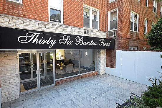 Prime Location, Beautiful Corner One Bedroom/One Bath Apartment in the Heart of Great Neck. Hardwood Floors Throughout Living Room & Dining Room. Updated Bath & EIK. Laundry on Main Level. Very Close Proximity to Great Neck LIRR, Shopping, Dining and Much More!!