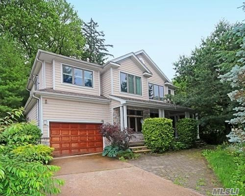 3108 sq ft Contemporary Colonial Located Mid-block In Desirable Old Lindenmere. Built in 2002, this home offers Open Concept, LR w/FPL, EIK w/Island plus Separate Dining Area, Main Level BR/Office/Den w/FPL, MBR w/Pvt Mbth/Steam Shower & WIC, 3 add'l Large BR's (1 w/pvt 1/2 bath), Full Hall Bath, & Separate Laundry Room All Situated on Private 209' property! Make This House Your New Home!!
