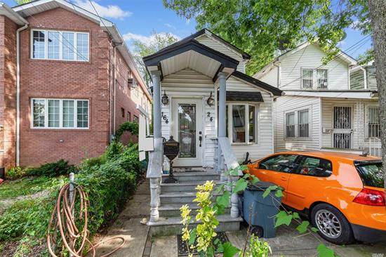 This lovely, fully detached Colonial home located in the heart of Fresh Meadows has just hit the market. This Eell-loved 2-bedroom home has loads of potential. It has a breezy open flow between the living room, dining room, and kitchen. It is close to St. John's University and public transit.  It is a must see!