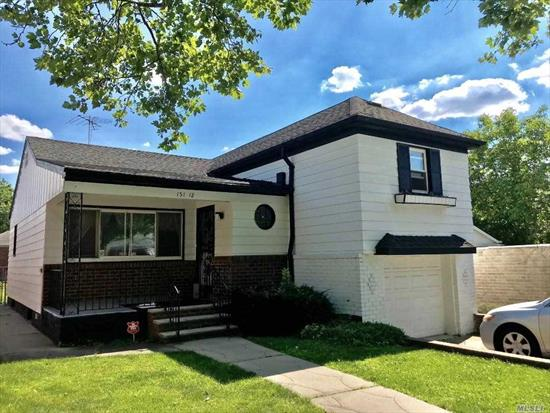 Adorable, Spacious and well maintained 4 levels Split Ranch home on a quiet residential block. Features 3 Bedrooms and 2 Baths and Indoor Garage. Nestled in the most desirable block and in the heart of Whitestone. Close To Bus Q 15, Qm 20, Q 16 And Shopping.