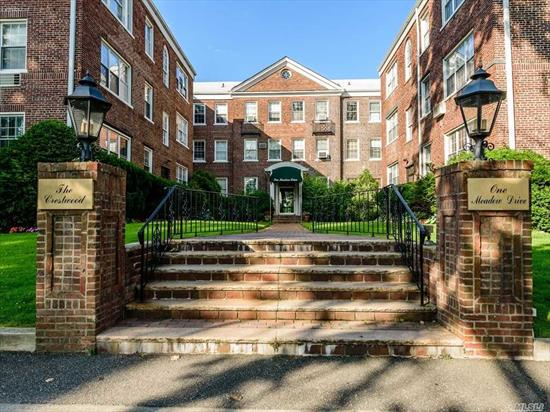 one of a kind, bright, and spacious 3 bdrm 2 bth apt in beautifully maintained bldg, flr/fdnr, new eik washer , dryer, many closets, hi ceilings, golf views, maint. does not include garage or star