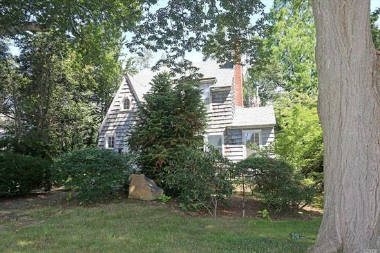 Unique North Syosset opportunity. Spacious lot, mid block location,  room for expansion. Original Sears & Roebuck home. Many updates to interior.