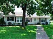 Lovely Hampton Model In Leisure Village. New Kitchen Appliances, Carpeting Throughout, Freshly Painted And New Lighting. Private Front Patio, One Car Garage Near Village Bus Stop, Large Attic Space. Security Gate, Clubhouse W/Library, Party Room, Wood Shop, Billiard Room & Monthly Activities, Community Pool, Small Par 3 Golf Course. Allow Cat Or Dog.