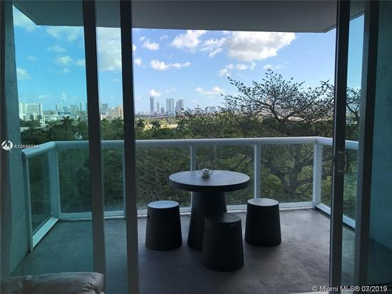 Amazing 2 Bed 2 Bath Corner Unit For Rent!!! Stunning Views From The Miami River, Park, Pool And Skyline. Porcelain Floors And Open Modern Kitchen With All New Appliances. Spacious Balcony. Washer & Dryer Inside Unit! 1 Parking Space Assigned. Just Minutes Away From Brickell, Downtown, Beaches, Main Expressways And Airport. Location, Location !!! Won'T Last, Available Now!!!