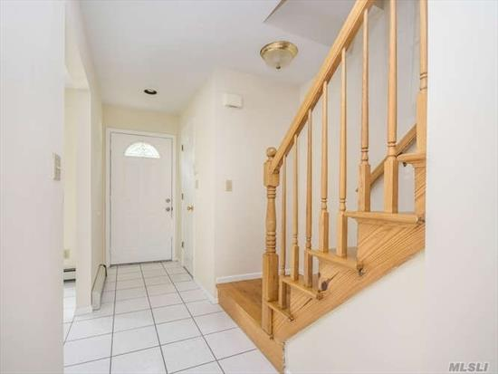 Spacious Duplex 3 BRS 2.5 BTHS, LR/DR, EIK, Hardwood Floors, CAC, Gas Heat. Finished basement w/laundry. Off-Street Parking for 1 car. Small Pet (under 20 lbs).