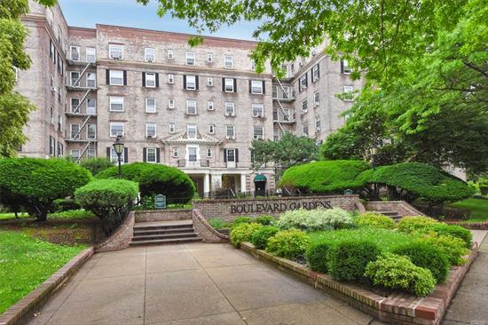 Beautiful Boulevard Gardens sits on the Astoria Border with Lush Landscape and Majestic Trees. This Unit needs work and is priced accordingly. This is an Excellent Opportunity to own a 2 Bedroom with Laundry in the building. Create your own design!
