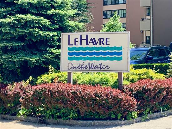 Move-In Ready Renovated True 3 Bedroom, Open Concept Layout, Located on High Floor, Seasonal Bridge Views from Large Sun Drenched LR, DR combo W/Entrance to 20 ft terrace, Hardwood Floors, Sheetrock ceilings, Kitchen W/Stainless steel appliances w/seating, large master w/entrance to terrace, bathroom remodeled, wtw windows, custom hunter Douglas window treatments, 4 new ac units, prime parking spot visible from unit avail. for transfer.Walk to transportation, worship, shopping