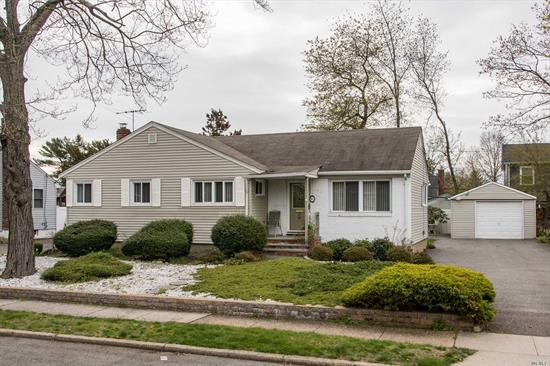 Tastefully Semi Furnished Ranch With 3 Bedrooms & 2 Full Baths. Beautiful Living Room With Dining With Skylight. Updated Kitchen With Stainless Steel Appliances. Large Finished Basement With New Carpeting And Brand New Bathroom. Detached Garage With Long Driveway. Close To Everything. In The Heart Of Syosset. Must See!