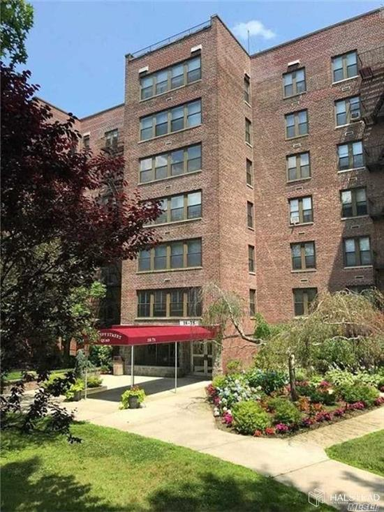 Sunny penthouse floor two bedroom unit with large living/dining space and fully updated eat-in kitchen with stainless steel appliances and dishwasher. Apt. is in move-in condition. Parking space is included. Fully modern laundry room and onsite playground. Maintenance charges include heat, gas, hot water, parking, taxes and a small assessment. 80% financing is permitted.