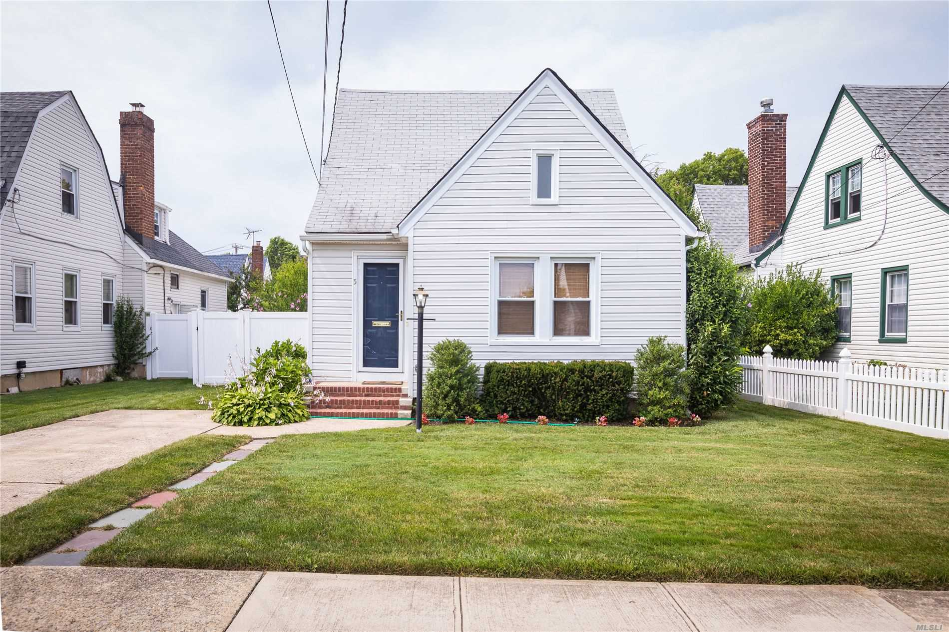 Welcome Home to this 4 Bedroom, 1 Full Bath Cape in the heart of Merrick. Highlights Include: Updated Kitchen with Frigidaire Appliances, Buderus Gas Burner, Gleaming Hardwood Flooring, PVC Fenced in Private Yard, Accessible to all (School, Shopping, Parkways) Shed is a gift. Truly A Turn Key...Just Unpack!