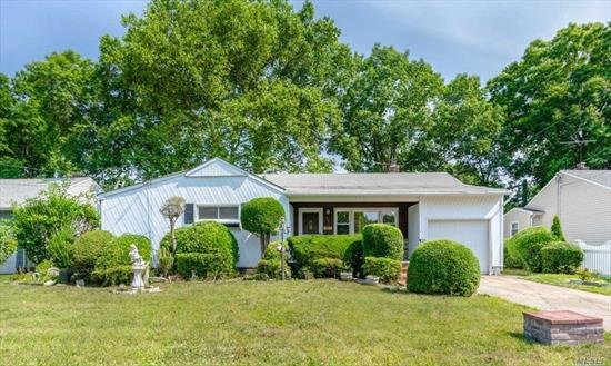 This is great starter home -Entry foyer with a coat closet, Living Room and Formal Dining room with Hardwood floors, eat in kitchen, Master bedroom w/half-bath, full finished basement and private back yard for entertaining.