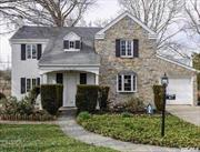 This 1, 434 square foot house features 3 bd / 1.5 ba and Attached garage. Nearby schools include Munsey Park Elementary School, Our Lady Of Grace Montessori School and Shelter Rock Elementary School. Within walking distance to the Americana Manhasset Mall, Bed Bath N Beyond and Whole Food Grocery Store. Approx. 5 minutes driving distance to Manhasset LIRR Station.