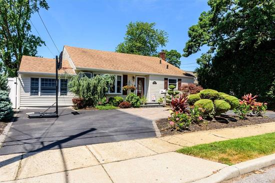 This Beautiful Split 3 Bedrooms, 2 Full Updated Bathrooms And A Large Kitchen With New Appliances. Updated Spacious Family Room, Formal Dining Room & Hardwood Floors. Laundry Room With New Washer & Dryer. Sizable Backyard With Deck, In-Ground Pool & Outside Entrance. Close To Transportation.To